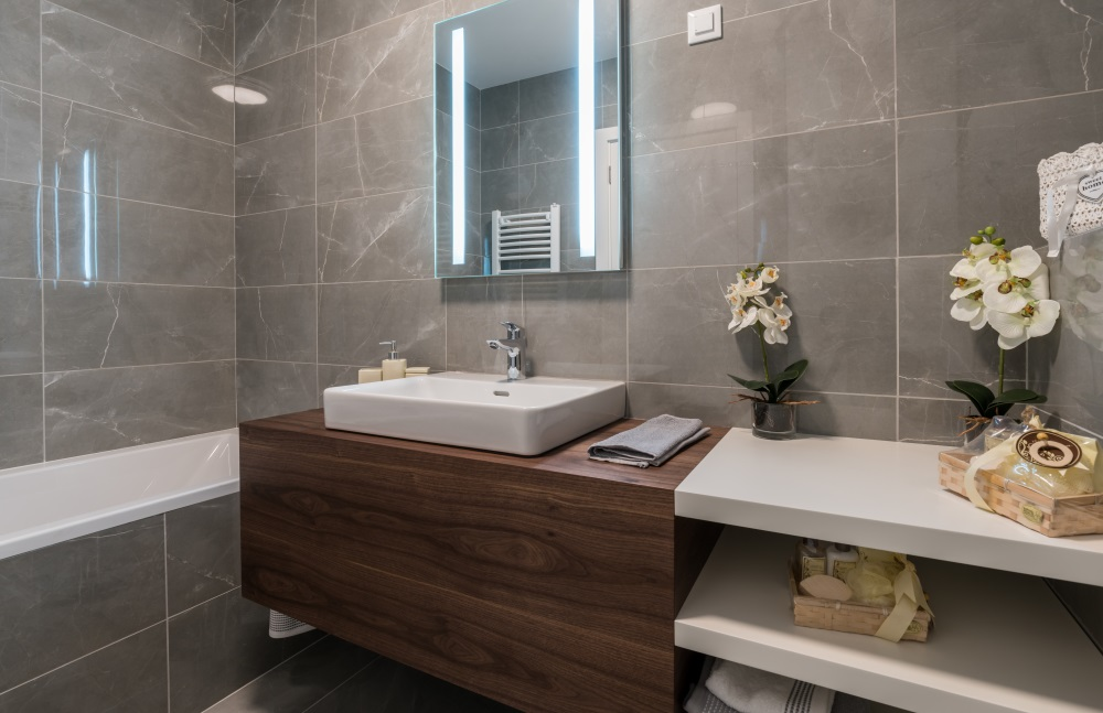 kupatilo u stanu kondominijuma